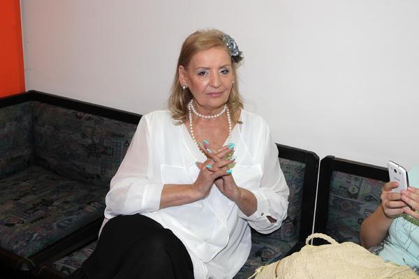 SUDBINA SE POIGRALA: Lepa Lukić za dlaku izbegla smrt! Njena koleginica je tu noć poginula! (FOTO)