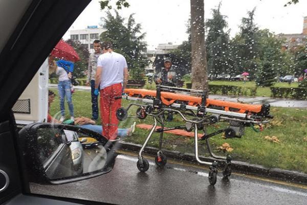 SUDARILI SE AUTOBUS I KOMBI U BEOGRADU: Povređeni vozači