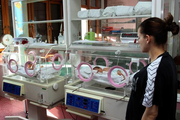 LOŠA VEST ZA RODITELJE: Ukida se povraćaj PDV za bebi opremu!