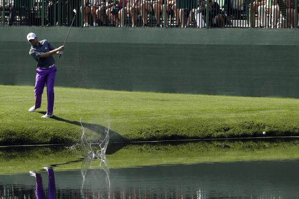 HOROR! Kuda ide ovaj svet? Legenda golfa ubila majku! (FOTO)
