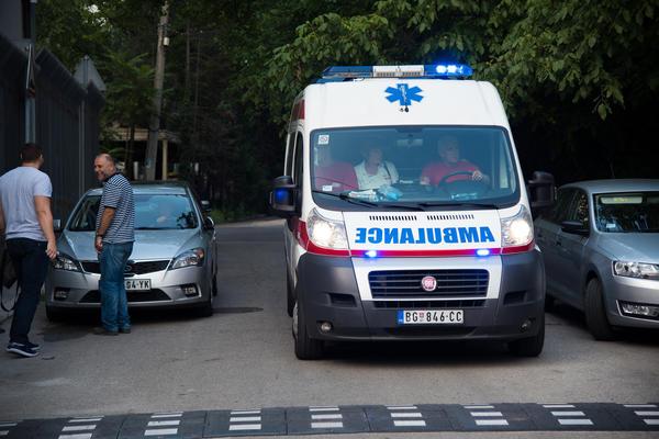 HAOS NA IBARSKOJ: Sudarili se autobus i audi, pet osoba povređeno!