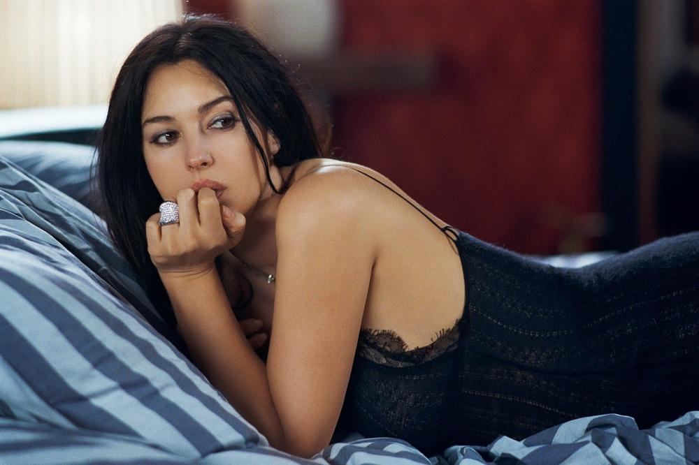gola tinejdžerka pic muške porno zvijezde s velikim penisima