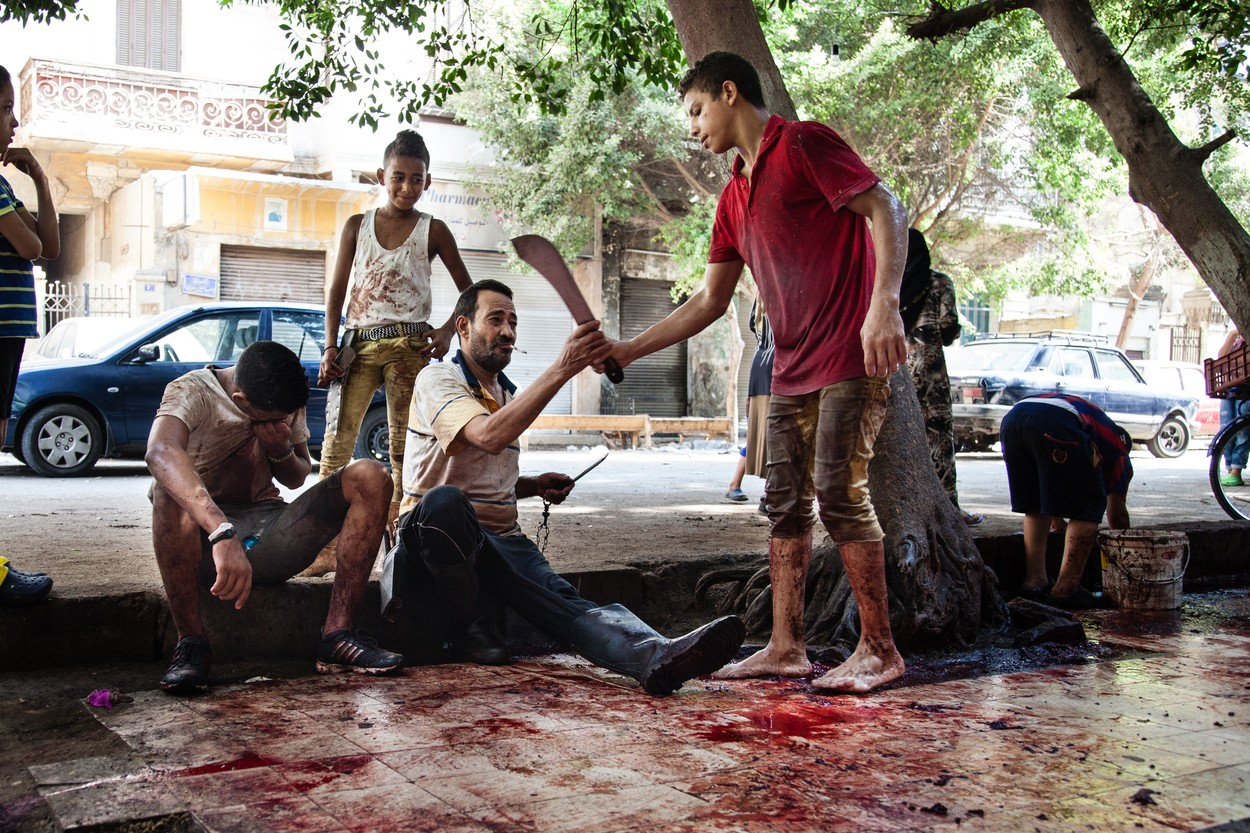Turci-napravili-pokolj-u-Austriji-Ostavili-bezivotna-tela-krv-i-glave-rastrkane-svuda-UZNEMIRUJUCI-FOTO