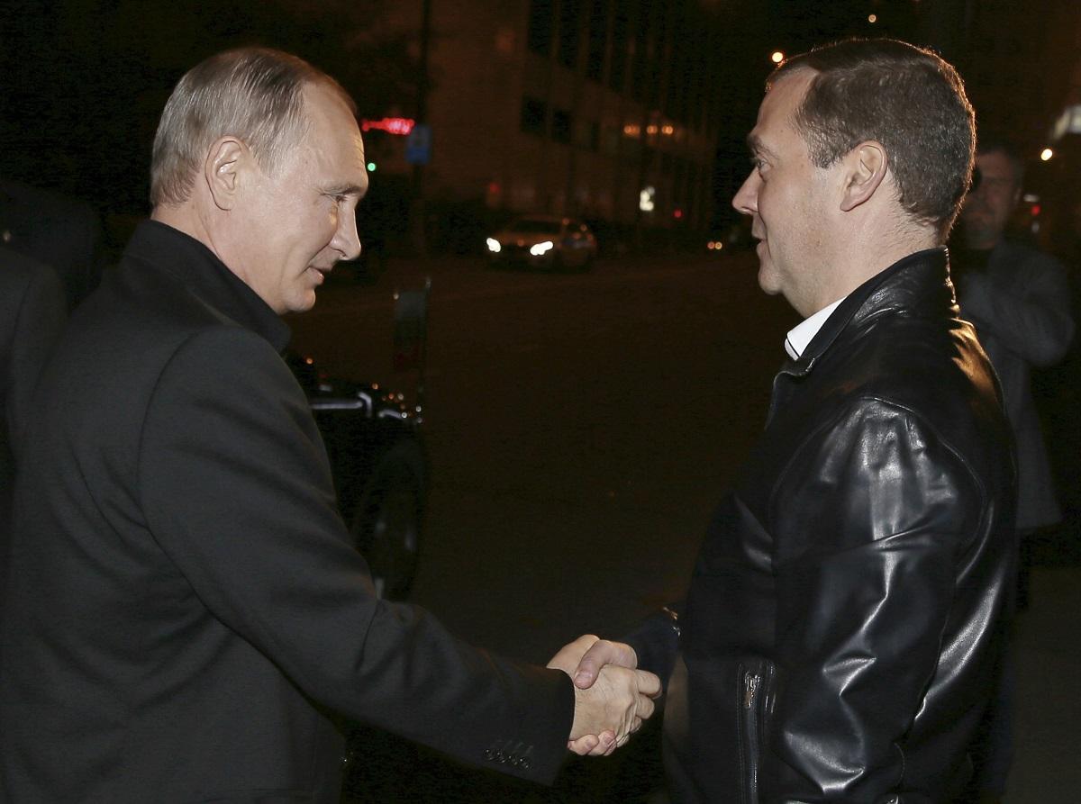 Putin-i-Medvedev-razorili-opoziciju-Osvojili-vise-glasova-nego-sve-ostale-partije-zajedno