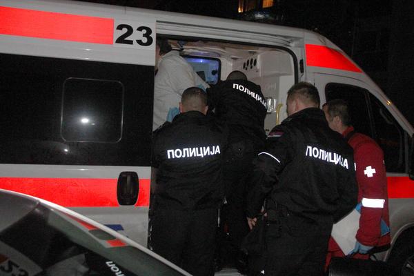 VELIKA TUČA U FAST FUDU U SUBOTICI: Dve grupe se potukle zbog devojke, napali radnike, povređeno nekoliko osoba!