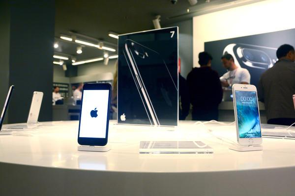 Koliko traje baterija na iPhone? Imamo odgovor na večitu dilemu!