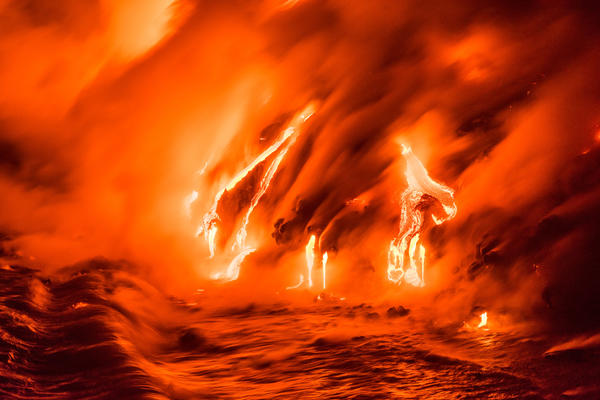 PAKAO NA ZEMLJI: Fotke lave koja izlazi iz utrobe planete ostaviće vas bez reči! (FOTO)