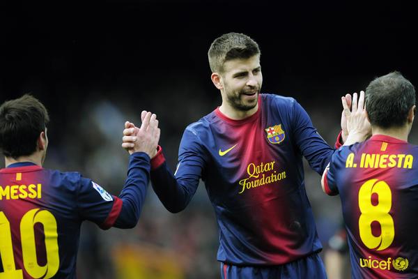 Valensija razmontirala Sevilju, Katai ponovo dobio šansu u dresu Alavesa, Barsa do pobede uz pomoć sudija! (VIDEO)