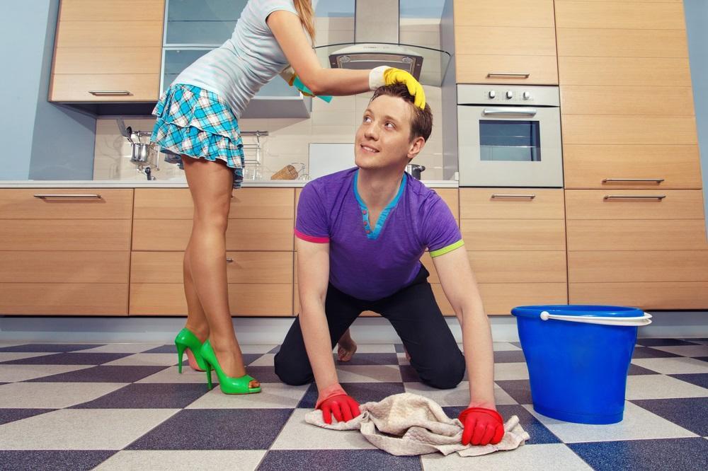 Žene varaju jer im muškarci ne pomažu dovoljno u kućnim poslovima! (FOTO) (GIF)