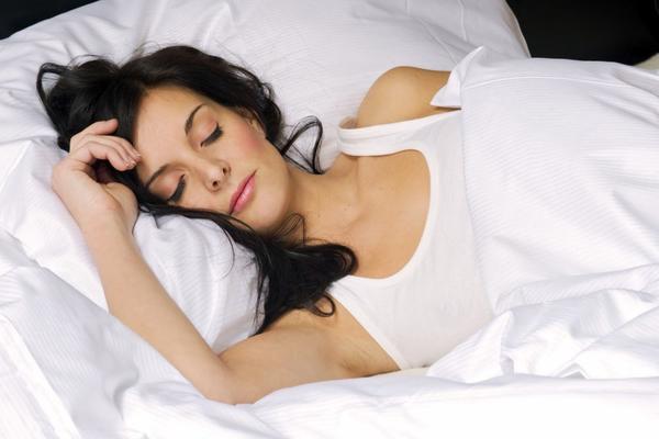 Mislite da spavate PRAVILNO? Ovih 9 stavki će vam promeniti život i SAN!
