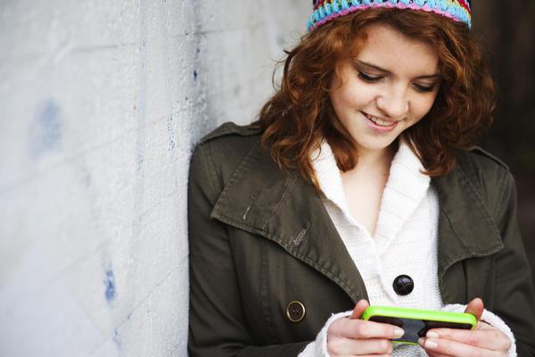 U Novu godinu sa novim mrežama! Srbija dobija još dva mobilna operatera!