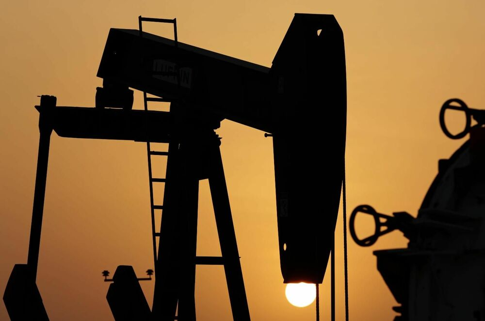 PRVE-POSLEDICE-TRAMPOVIH-PRETNJI-RUSIMA-Cene-nafte-vrtoglavo-SKOCILE