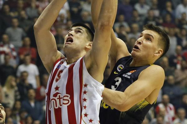 Posle brutalnih uvreda, Bogdanovića je ispred Pionira sačekalo nešto potpuno neočekivano! (VIDEO)