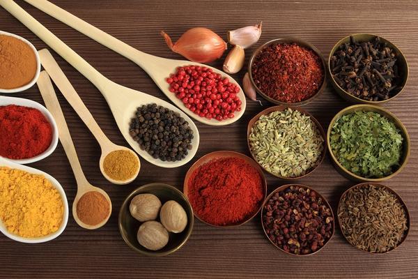 TOP 10 ZAČINA koje morate imati u kuhinji, ako ne zbog ukusa, onda zbog ZDRAVLJA! (FOTO)