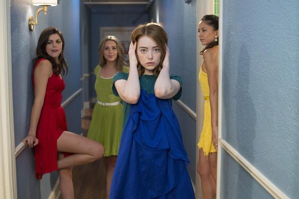 7 situacija u kojima prijateljica mora biti VAŽNIJA OD DEČKA! (FOTO) (GIF)