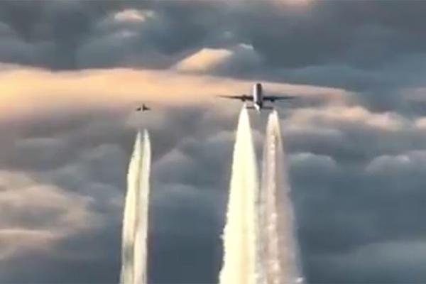 DRAMA NA NEBU IZNAD FRANKFURTA: Pogledajte kako su nemački lovci presreli avion sa 345 ljudi! (VIDEO)