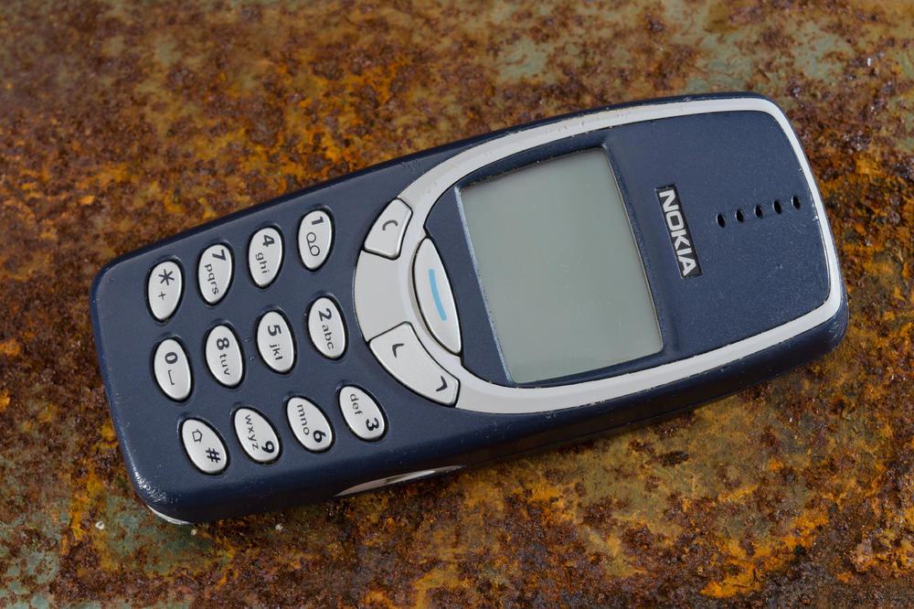 Nokija 3310 se vraća na velika vrata i ima potpuno drugačiji dizajn! (VIDEO)