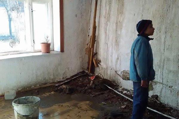 PETORO DECE ZA NOĆ IZGUBILO SVE: Najtužniji prizor iz Zrenjanina nakon zastrašujućeg požara (FOTO)