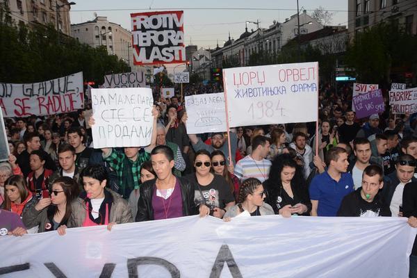 Osmi dan protesta je završen, novi zakazan za sutra u 18h ispred Vlade Srbije! (FOTO) (VIDEO)