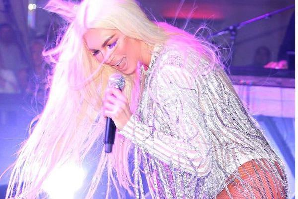 BIĆE TO NAJJAČI ALBUM IKADA: Nećete verovati sa kojom pevačicom JK snima nove pesme! (FOTO)