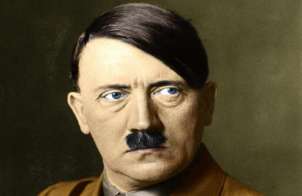 Hitlerov-imenik-prodat-po-NEVEROVATNOJ-CENI