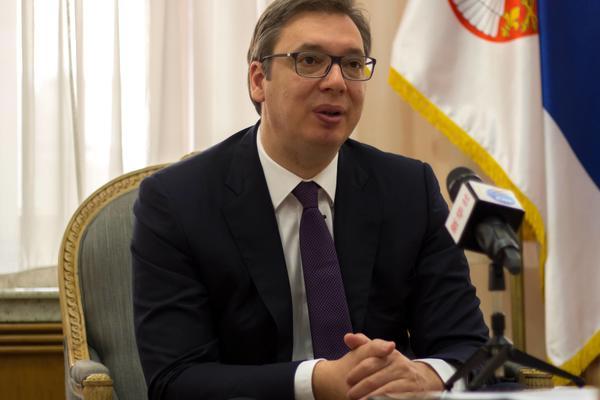 PLATE VEĆE ZA 10 ODSTO? Vučić dao smelo obećanje javnom sektoru!