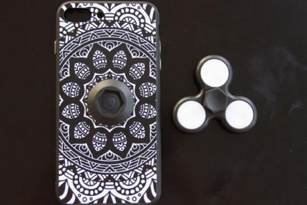 Igračka koja osvaja svet: Spiner stiže i za mobilni!
