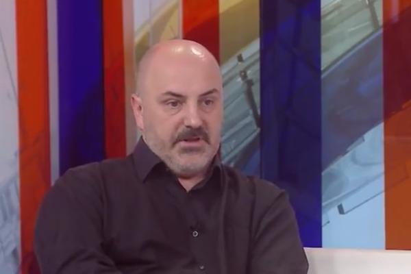 """Mladenović: Žiri Sterijinog pozorja kao """"kolektivni Vučić"""" (VIDEO)"""
