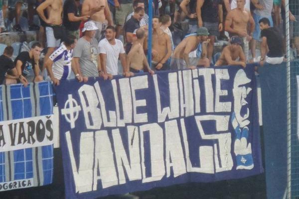ZAJEDNO SA VARVARIMA NAVIJAJU PROTIV PARTIZANA: Na stadionu u Podgorici je i jedna navijačka grupa iz Srbije! (FOTO)