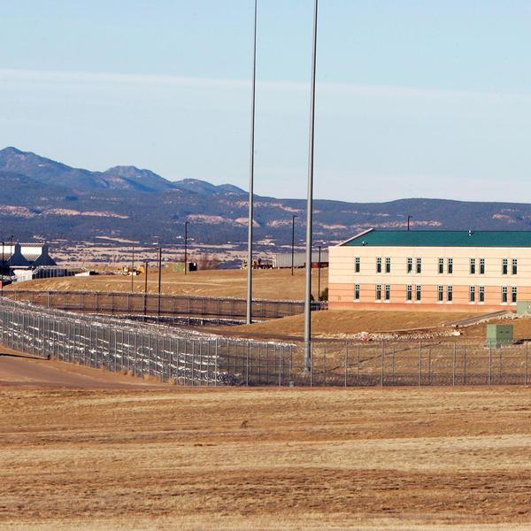 OVDE ŽIVE NAJGORI LJUDI NA PLANETI: Iz ovog zatvora nema izlaska! (VIDEO)