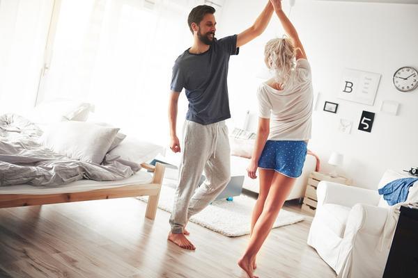 Neko ko te stvarno voli! 5 znakova da možeš da se smuvaš sa boljim dečkom! (FOTO) (GIF)
