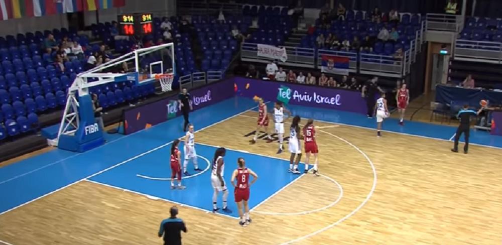 Juniorke-quotnevaljalequot-posle-ulaska-u-finale-Kosarkasice-slavile-uz-srpsku-majku-FOTO-VIDEO