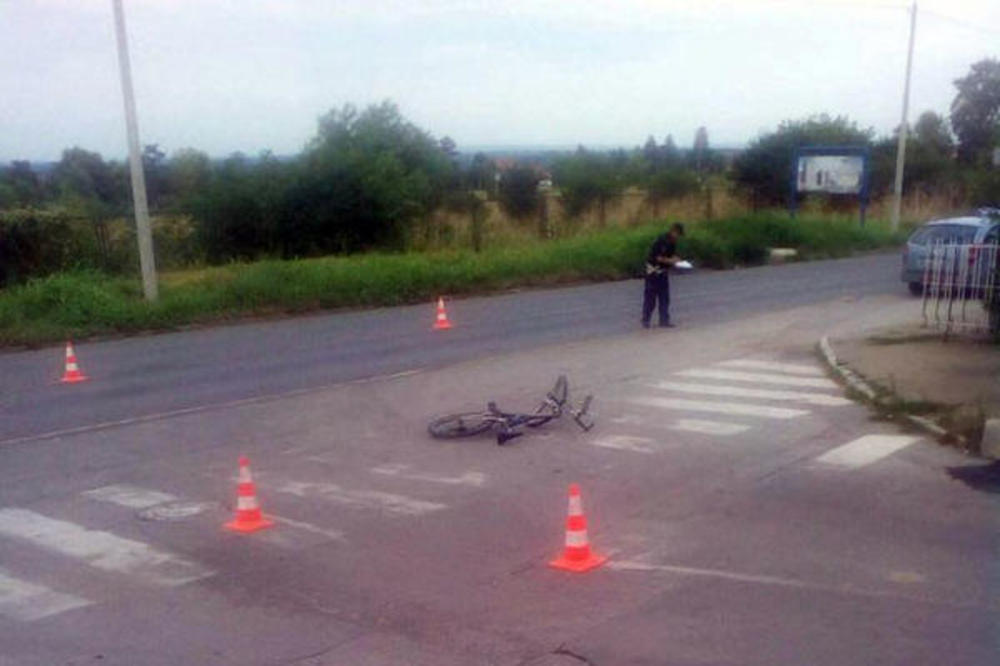 VOZAČ POKOSIO DETE NA BICIKLU PA POBEGAO BEZ PARDONA! Teška nesreća u Smederevu!