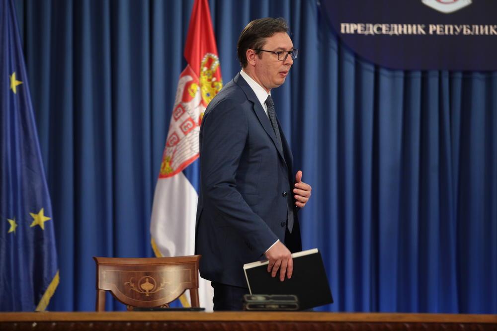 PLATE VEĆE, I TO NE 1 ILI 2 ODSTO: Predsednik najavio ozbiljno povećanje u javnom sektoru!