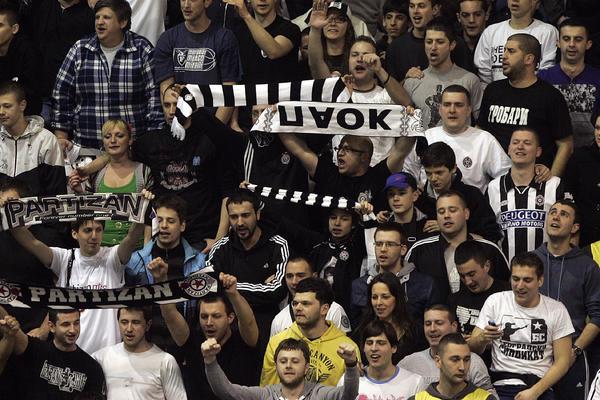 Grobari ponovo napravili problem Partizanu! Crno-beli popili novu kaznu zbog navijača!