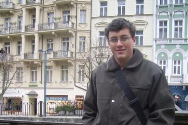 Ima samo 28 godina i pomera granice nauke! Beograđanin otišao iz Srbije zbog loših uslova, a sada je poznati svetski naučnik!