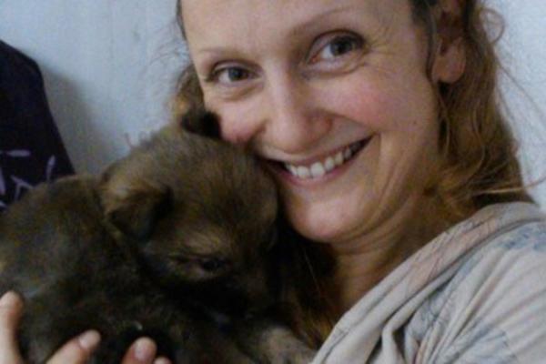 Slovenka se oplodila ćelijom psa I RODIĆE MUTANTA! Za to JE DOBILA NAGRADU! (FOTO)