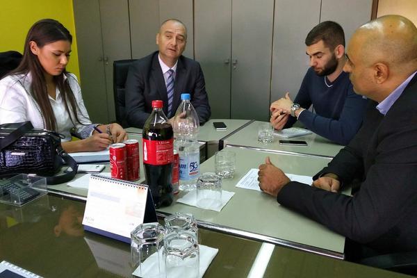 ODRŽAN SASTANAK SA PREDSTAVNICIMA NACIONALNOG SAVETA ROMA: Dogovoreni zajednički ciljevi i zadaci (FOTO)