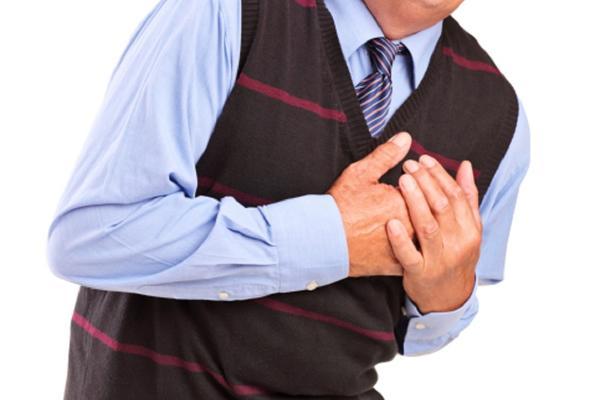 NE BISTE NI POMISLILI - Ovi simptomi ukazuju da imate problem sa srcem!