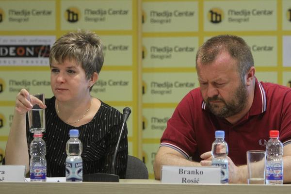 Novinar i pisac Branko Rosić prvi je Srbin koji je od britanske kraljice dobio titulu Ser! (FOTO)