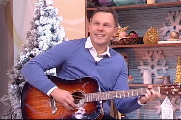 IMAM TREMU, NISAM SVIRAO 23 GODINE! Siniša Mali se latio gitare, a evo kako je zvučalo! (VIDEO)