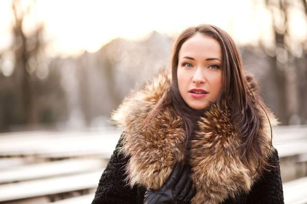 UGREJTE SE U HLADNIM DANIMA: Jakne i kaputi koji su apsolutni hit ove zime!