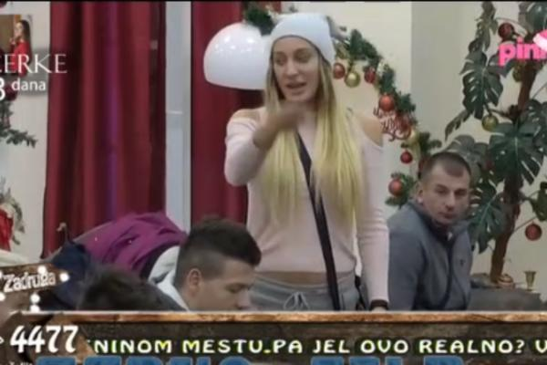 RAZOTKRIVENA: Luna optužena da se pre Slobe LJUBILA U KREVETU sa ovim zadrugarom! (VIDEO)