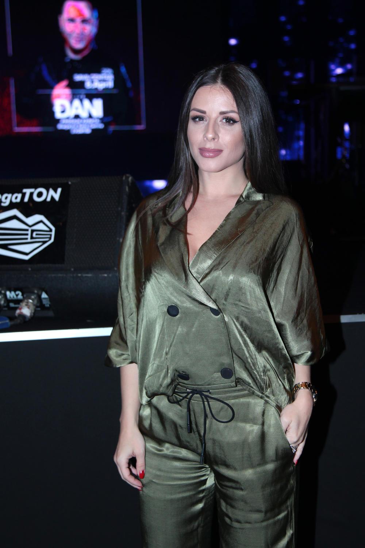 Ana je ostala u Beogradu sa ćerkom Lorenom
