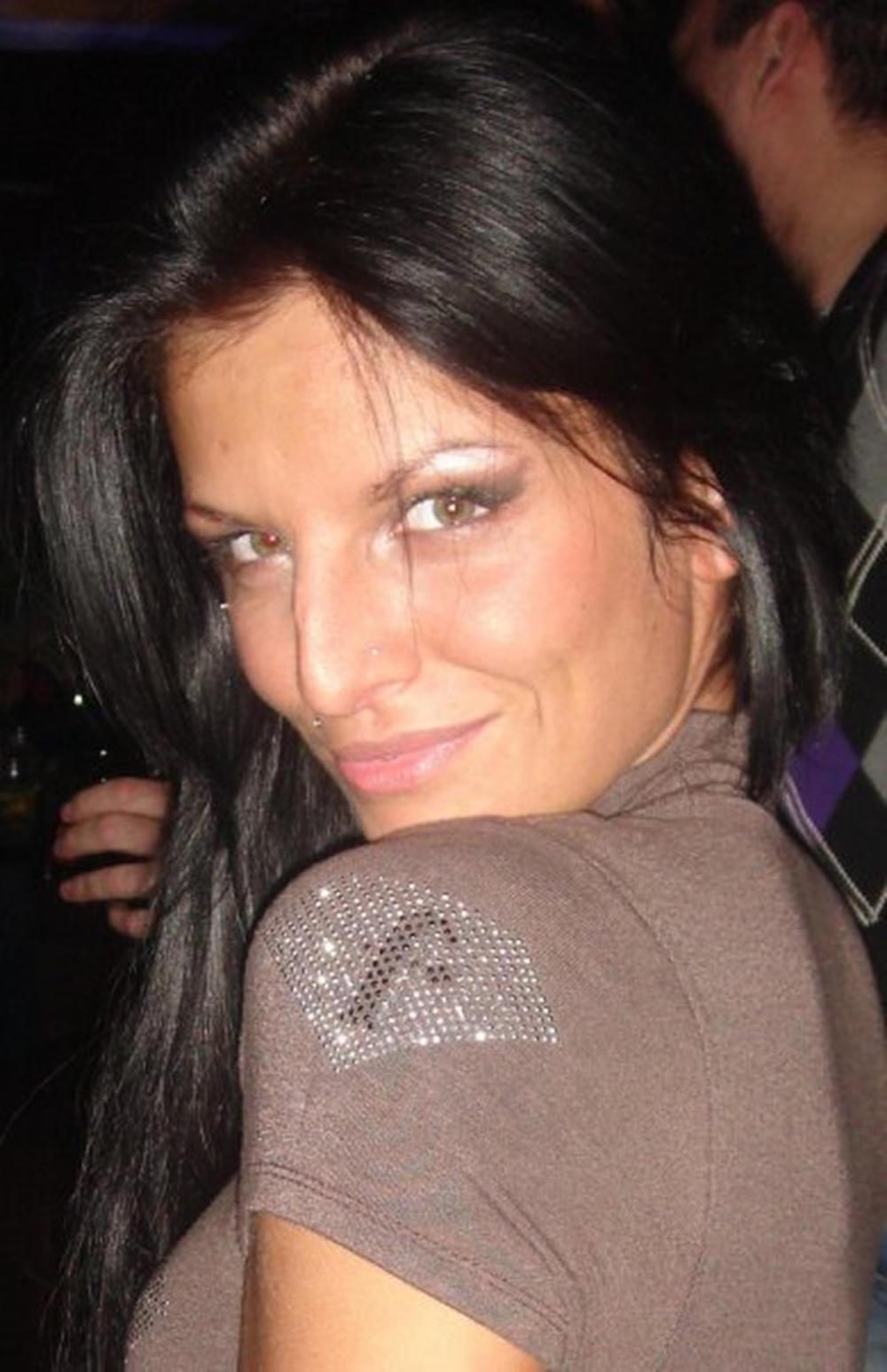 Jelena Krunić bez tetovaža i estetskih zahvata