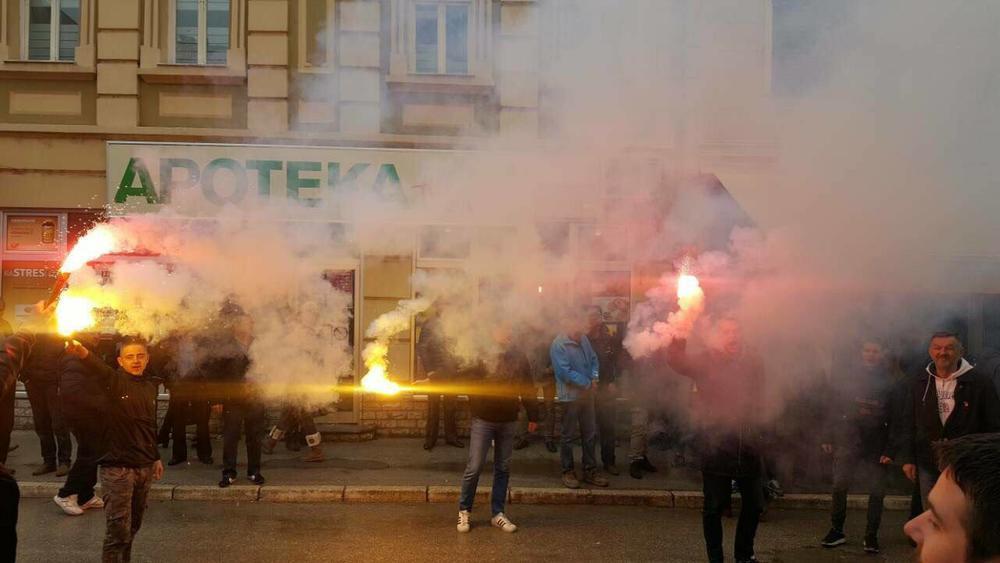 FESTA-U-IVANJICI-PRED-CETVRTFINALE-KUPA-Grobari-zapalili-grad-a-za-to-imaju-i-vise-nego-vazan-razlog-FOTO