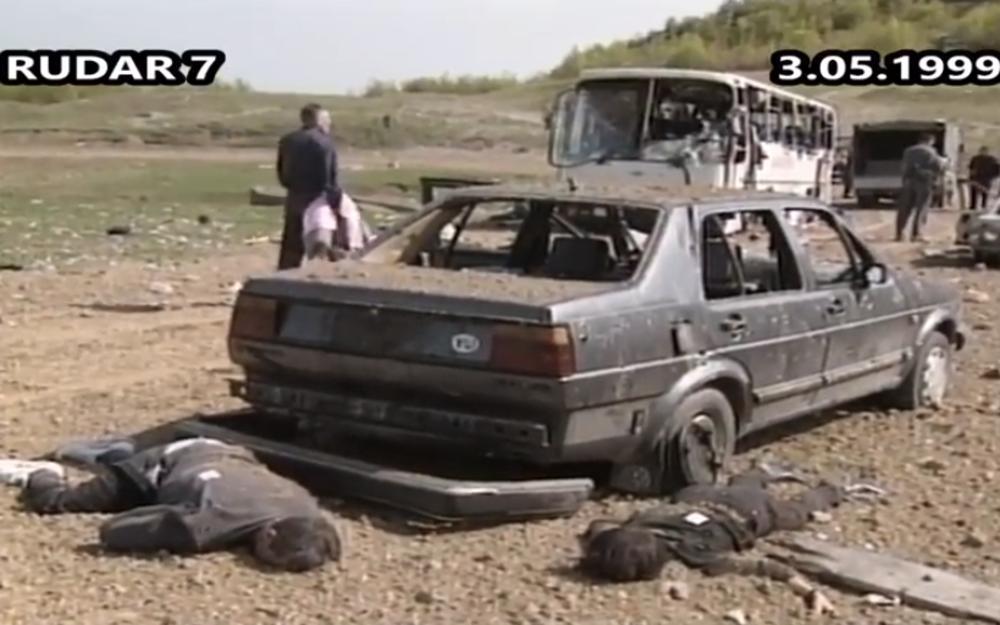 Stradali su i putnici u putničkom automobilu