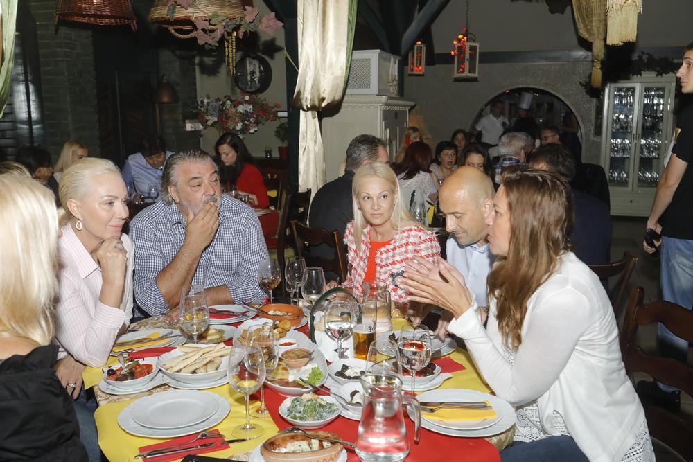 <p>Gostima će se kroz gastronomsku tradiciju približiti nama dragi i bliski narodi</p>