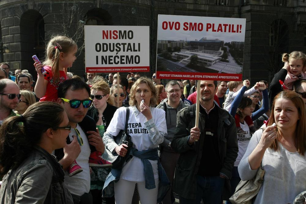 prava - OVO je PRAVA SRBIJA !  387613_protest-stepa-stepanovic-2_ff