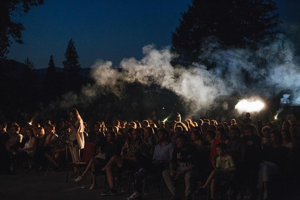 ZATVOREN-PETI-BASTA-FEST-Uz-sjajnu-atmosferu-i-nase-poznate-glumce